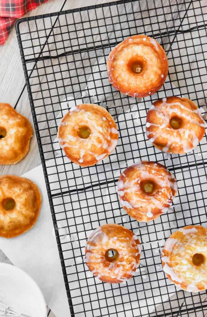 Christmas recipe eggnog mini cakes