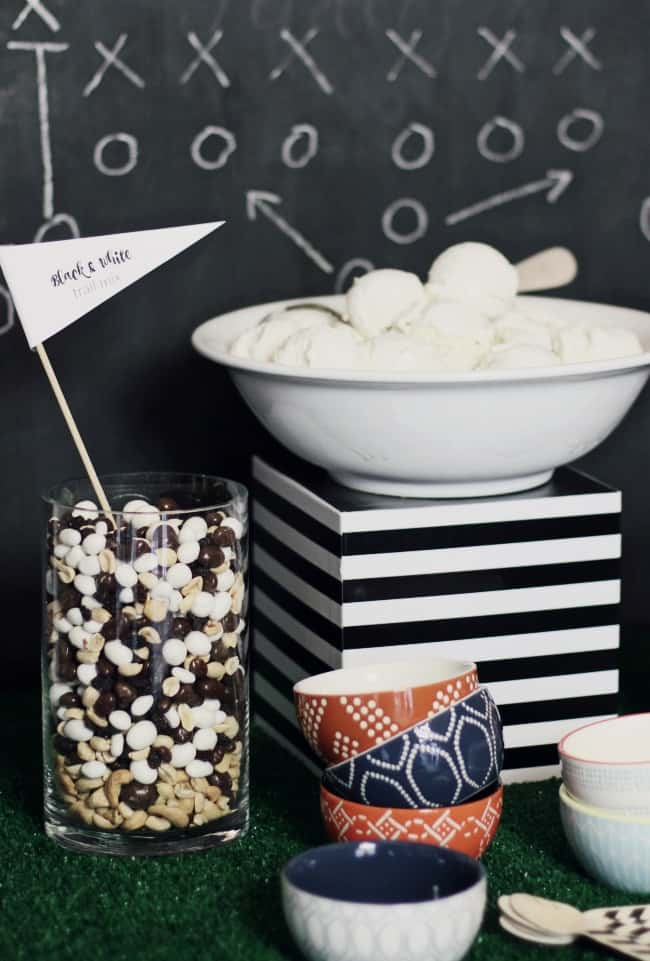 A game day ice cream bar is the perfect dessert option for the big sports event. Check out this twist on an ice cream sundae, here.  #icecreambar #gameday #dessertbar #footballpartyideas #gamedayparty