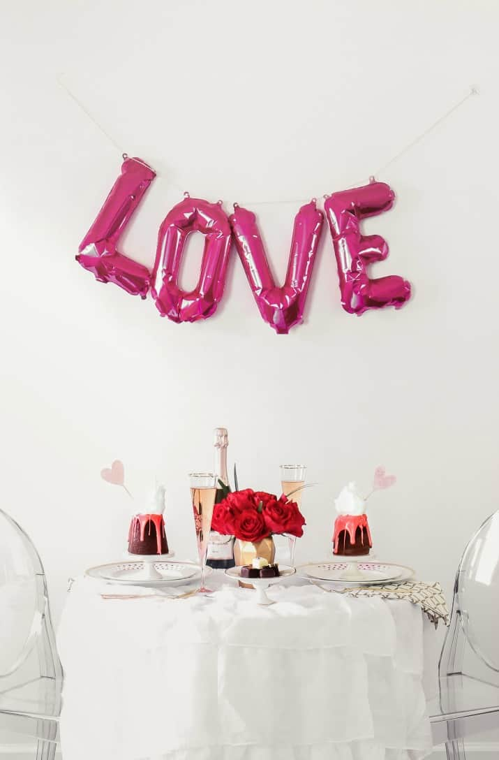 Romantic table for 2 Valentines day ideas