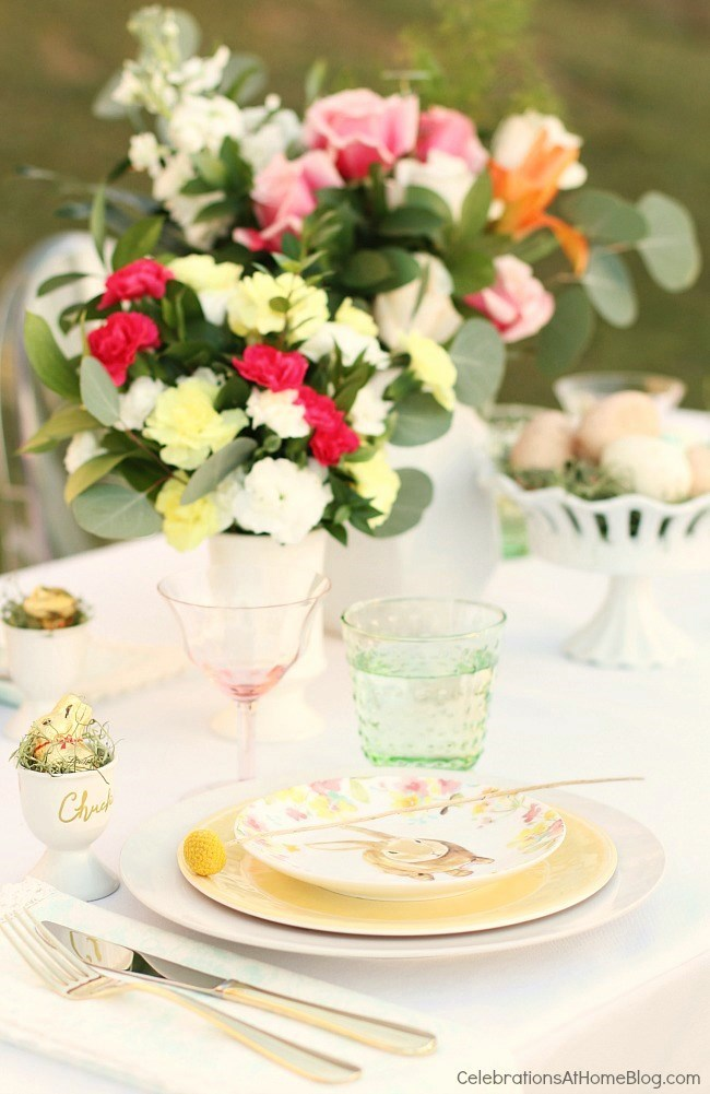Easter dinner plan; Easter dinner party - Easter tablescape