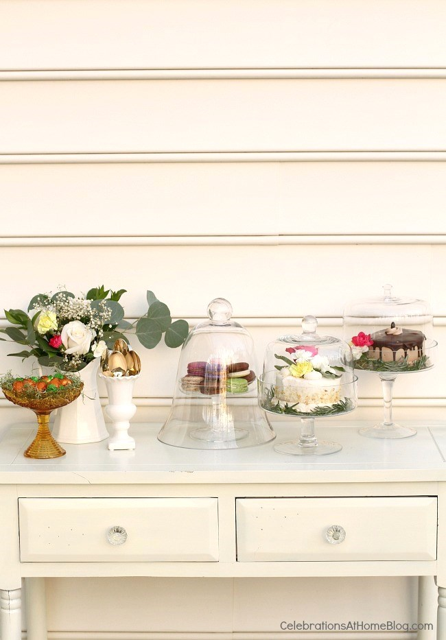 Welcome springtime with an Easter brunch complete with pastel tablescape and a tasty menu, right here. Dessert table.