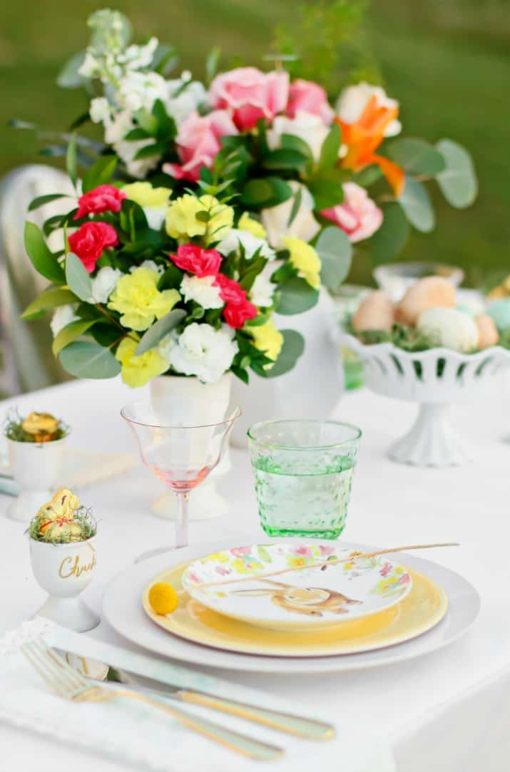 Easter Brunch Menu & Tablescape Ideas, soft color palette