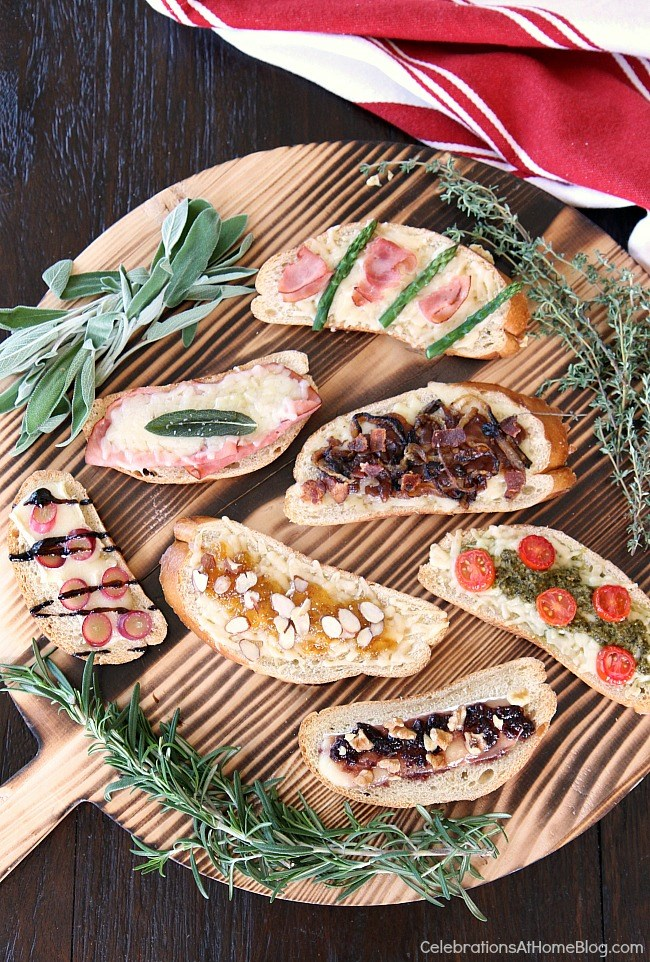 Move over grilled cheese sandwiches and make way for these grilled cheese tartines! These open-faced tartines are full of flavor. Get 7 versions here.