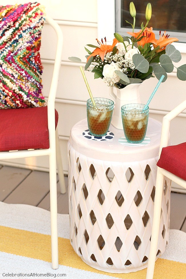 Small deck decorating: refresh your space with a few key pieces that completely update the look!