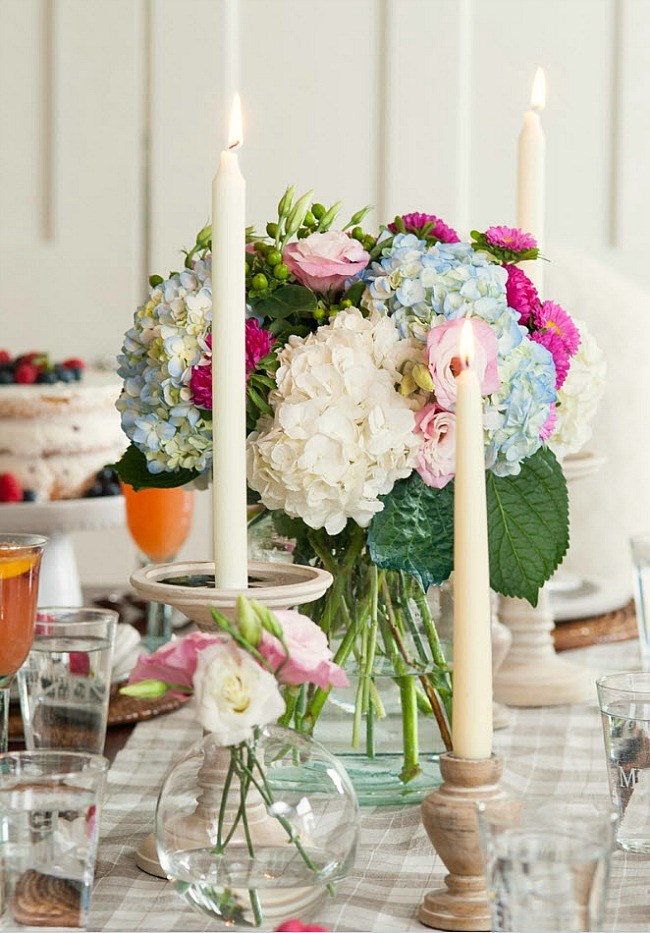 Beautiful brunch by Teaselwood Design, for Mother's day and beyond.