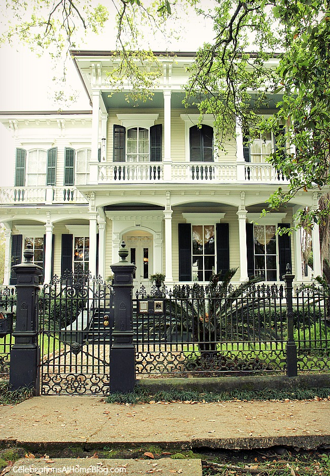 My scoop on visiting new orleans the good bad the - New orleans garden district restaurants ...