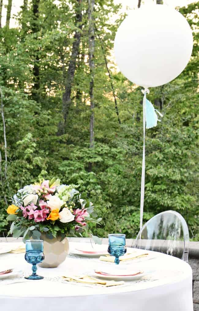balloon theme baby shower table setting