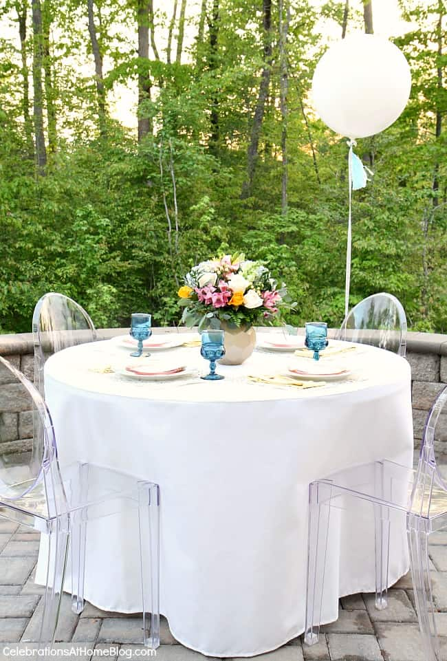 outdoor tablescape with balloon