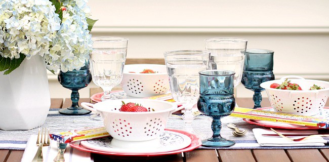 Red White & Blue Party Tablescape