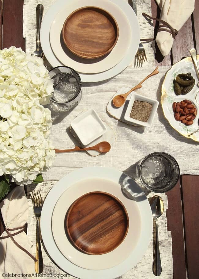 Serve up a stylish al fresco dinner party with these inspirational images. Plus, 5 tips to make Father's day special