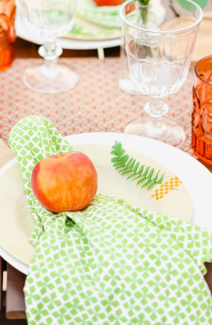 peach party place setting