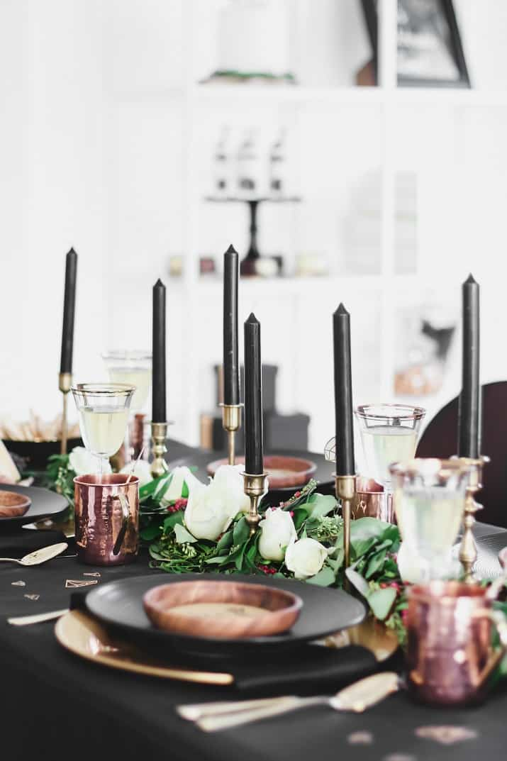 Black & gold bridal shower ideas, tablescape