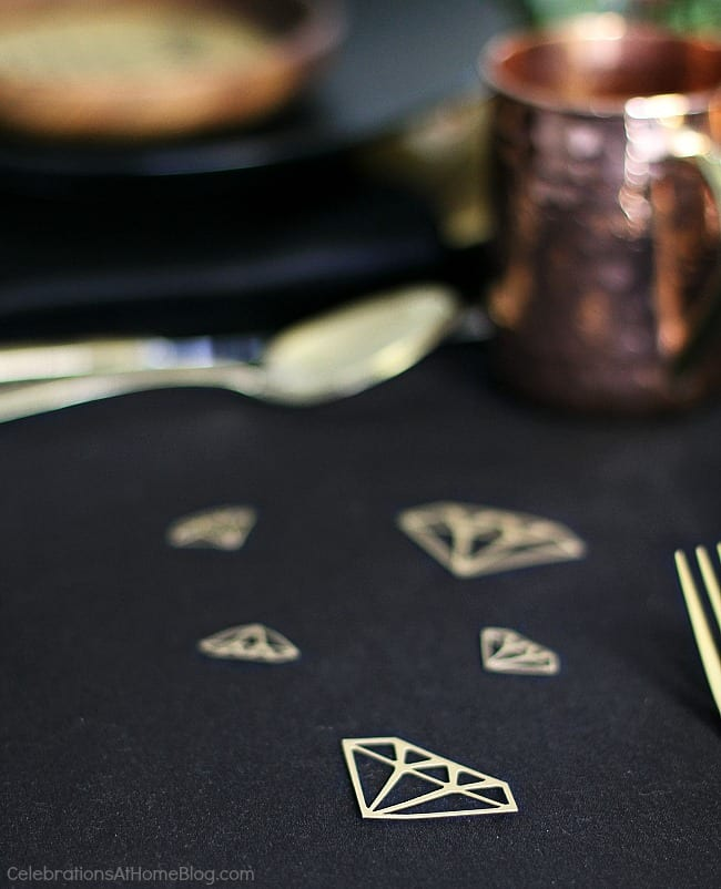 Black & gold bridal shower ideas for the do-it-yourself-er. A lovely styled shoot for a celebration at home | diy diamond confetti