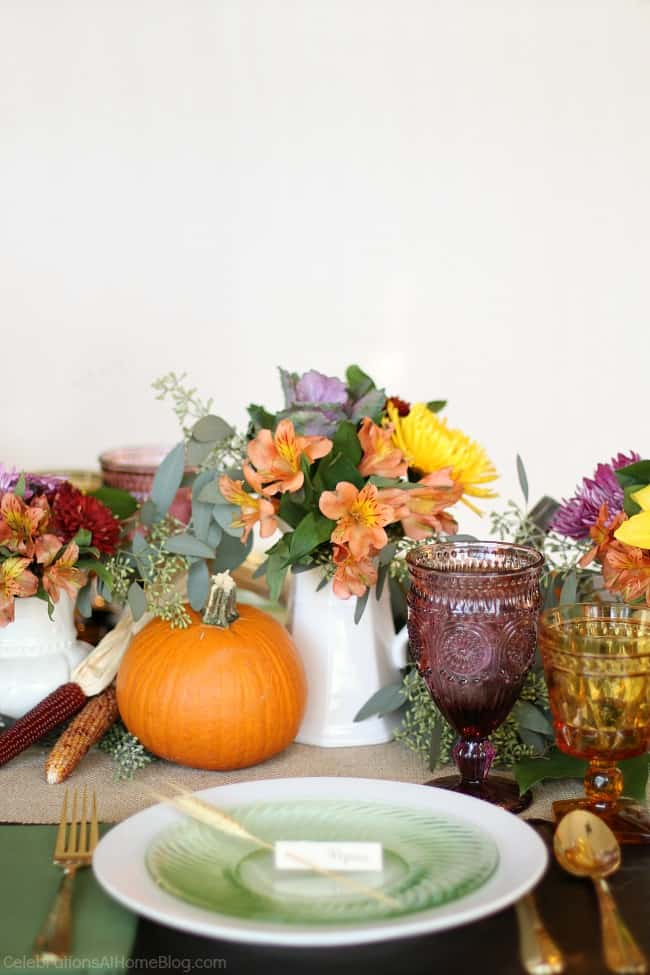 Thanksgiving table ideas, place setting with white background