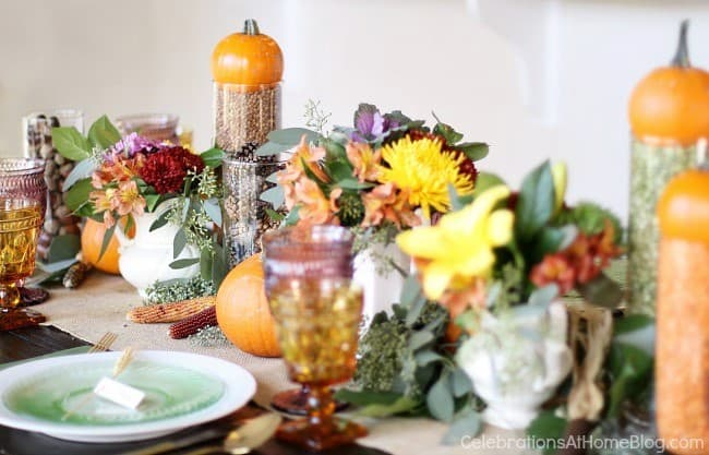 colorful Thanksgiving tablescape ideas centerpiece