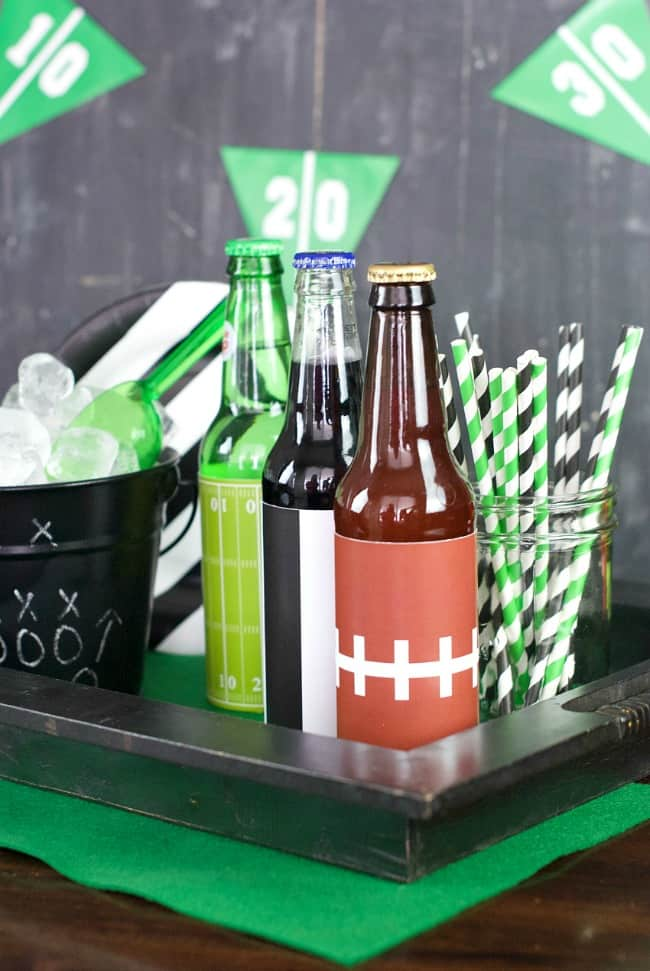Here's your game day party plan with food and decorating ideas for watching the big game!