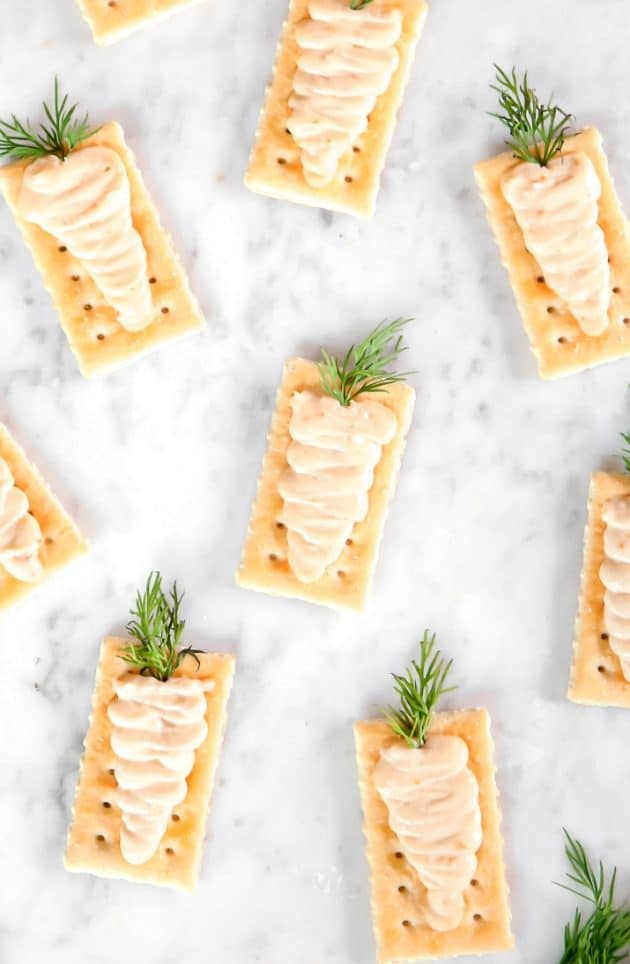 Creamy carrot crackers