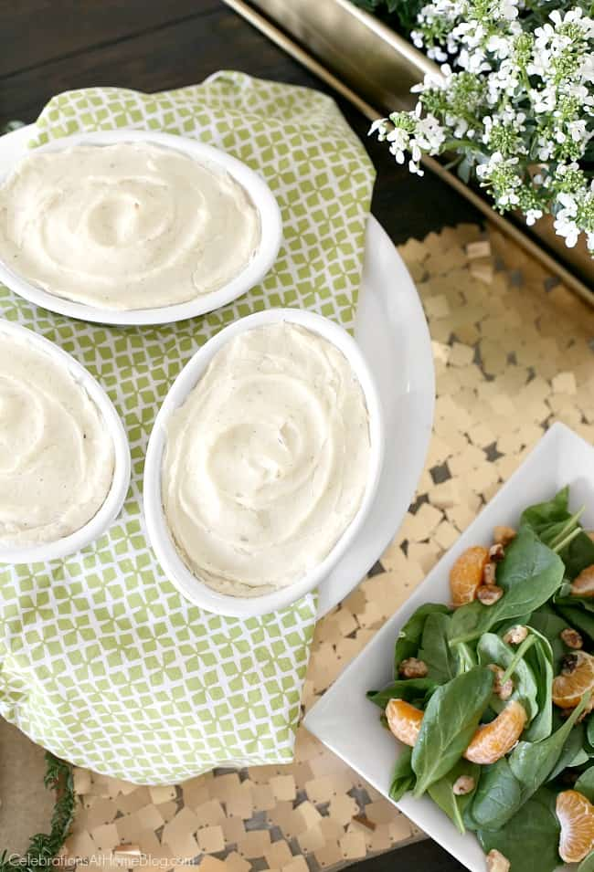 Irish themed dinner party or St Patricks day party with inspiration and recipes, found here. Mini shepherds pies