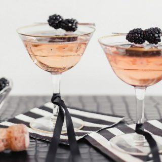 blackberry sparkler cocktail recipe card