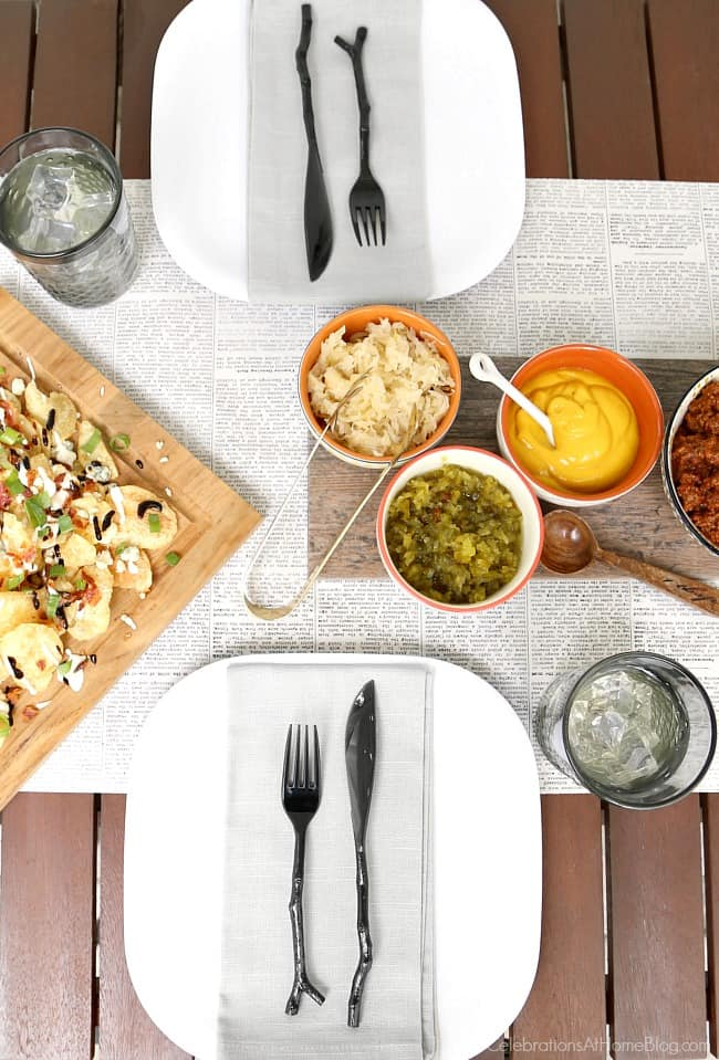 Plan a hot dog roast for summer entertaining with these tips; Set a casual summer tablescape.