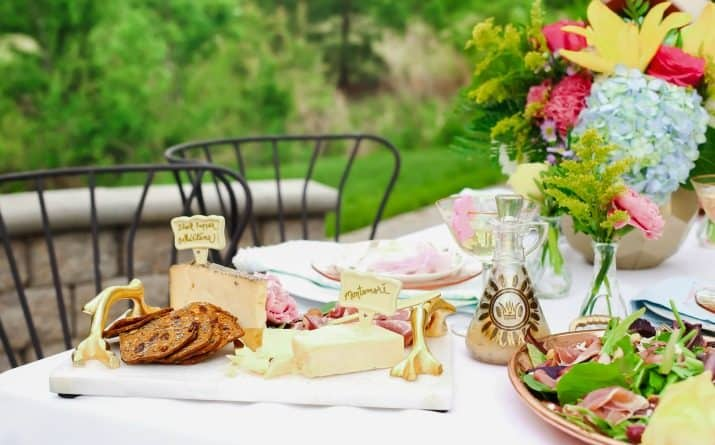Ideas to Host a Ladies Luncheon