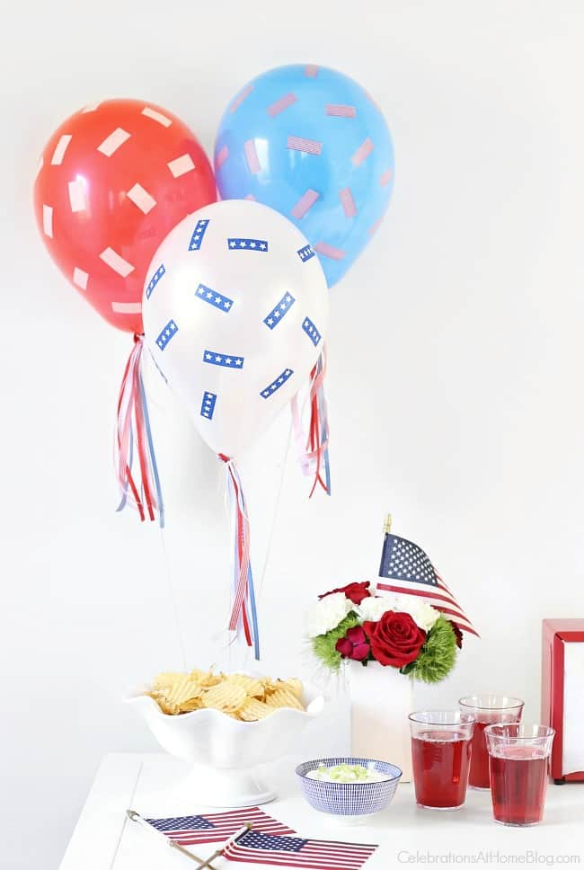 This Red, White & Blue Balloons DIY will make your 4th of July more festive! Make this easy project for your holiday celebration with instructions here.