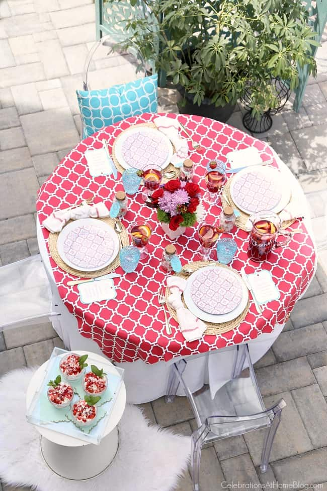 Set a red and blue summer dinner party tablescape and host a party for friends with these tips and ideas.