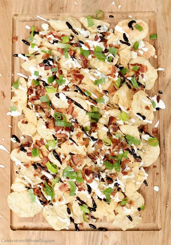 These blue cheese and balsamic kettle chips are a delicious snack or casual appetizer. Get this party food recipe here