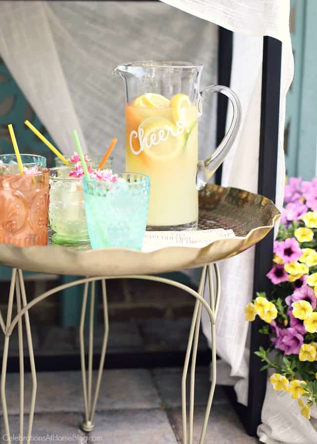 Host a Summer Cocktail Party with this ginger lemonade vodka pitcher drink.
