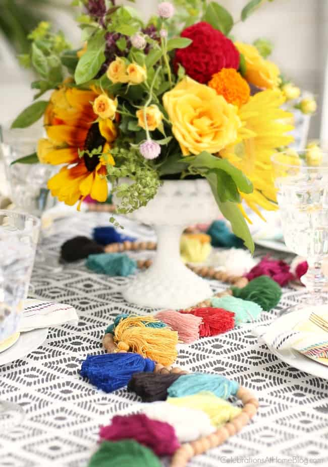 tablescape runner; Party with Iced Tea Bar