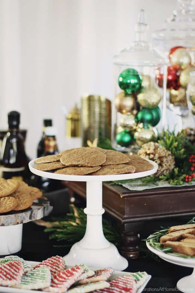 I'm sharing my Cookie Exchange Party Ideas & Recipes for a fun holiday party this season! Gather your gal pals and host an afternoon of sweets, treats, and good eats! #Christmas #cookieexchange #ChristmasParty #CookieExchangeParty #entertaining #cookies #cookierecipes