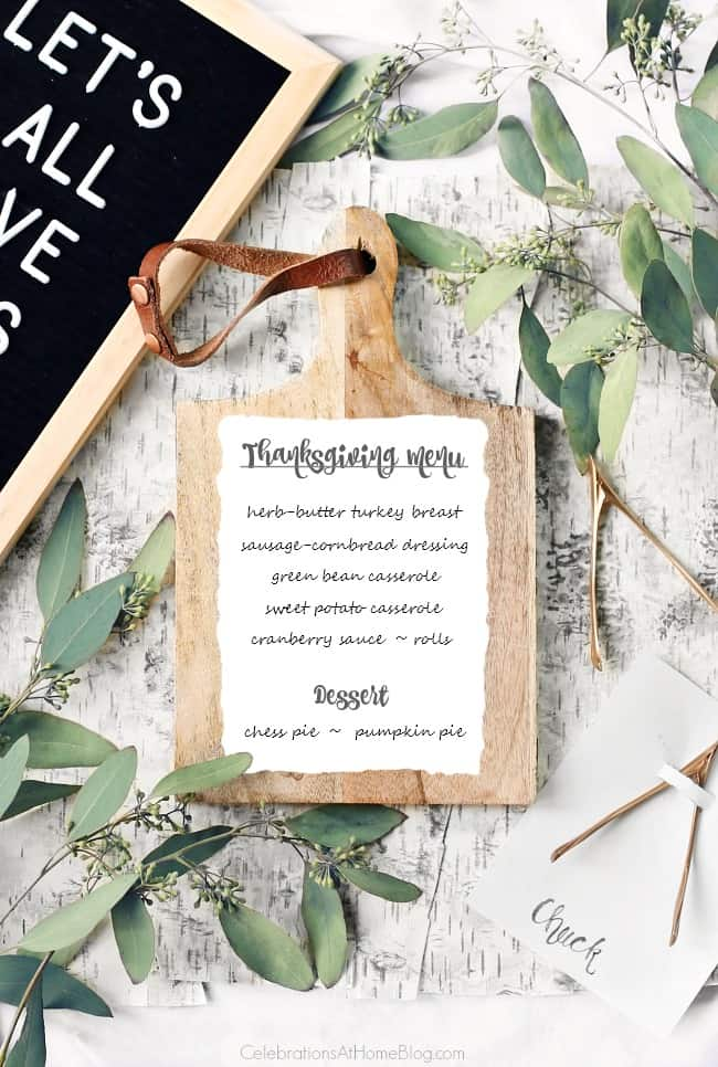 Get recipes and black & white tablescape for Thanksgiving here. #thanksgiving #dinnermenu #dinnerparty