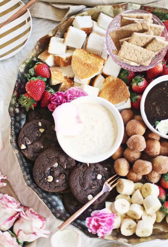 dessert fondue platter