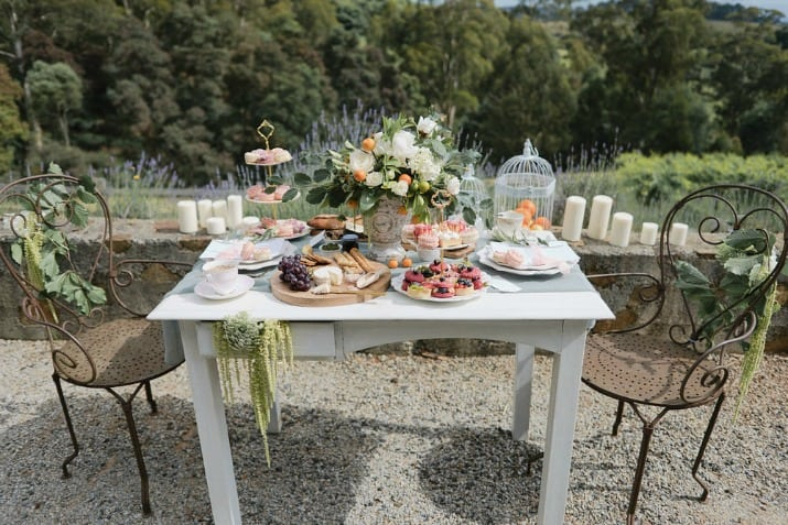 romantic wedding day ideas-brunch for the bride and groom