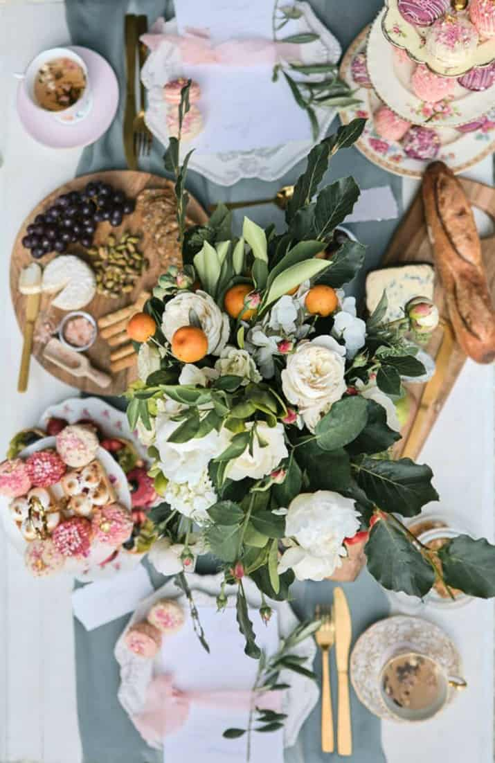 romantic wedding day ideas-brunch table top view