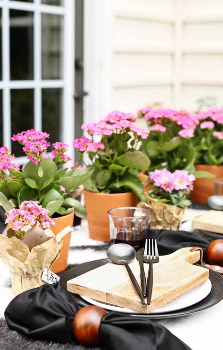 outdoor Black & White Dinner Party Tablescape with Mini Cheese Boards and pink flowers