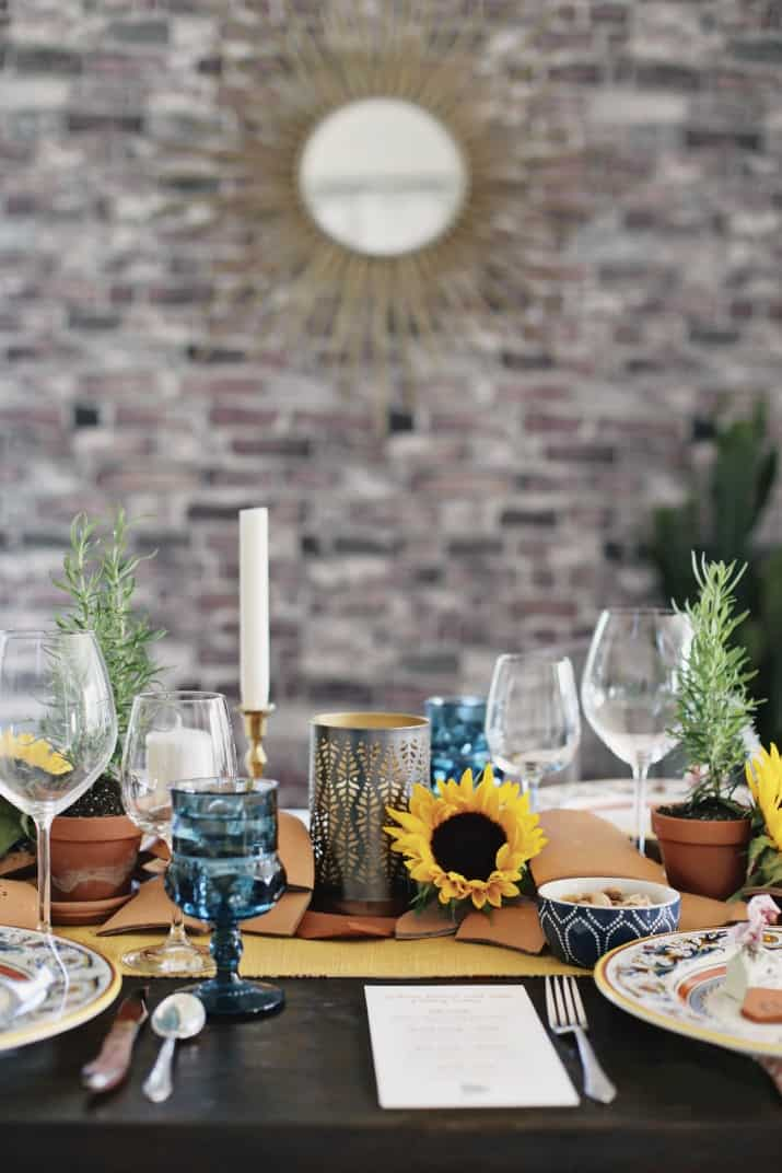 Italian themed dinner party & wine pairing, Italian themed tablescape