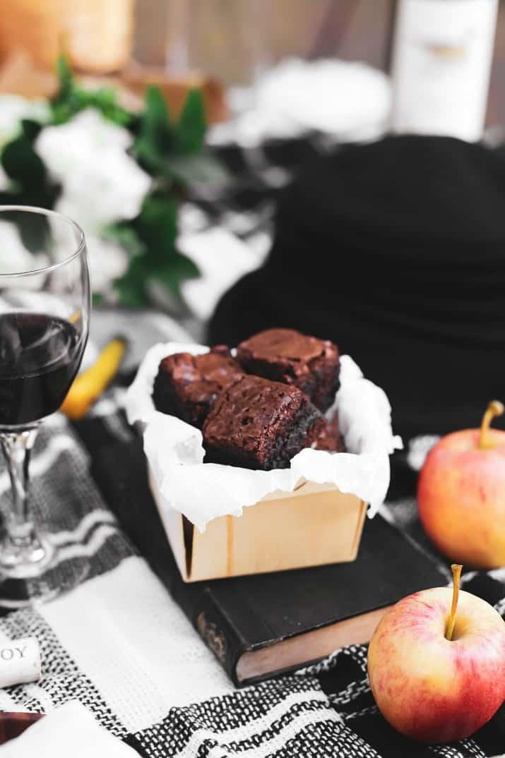 brownies at a picnic