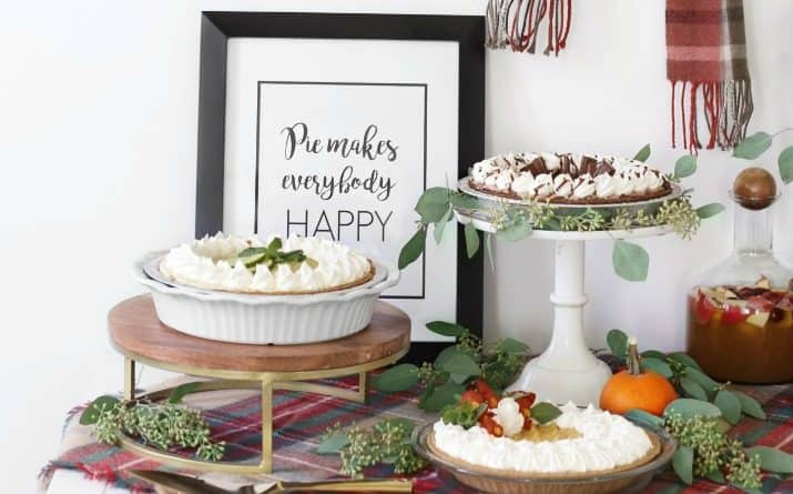 How to Set Up a Stylish Pie Bar for Holiday Entertaining