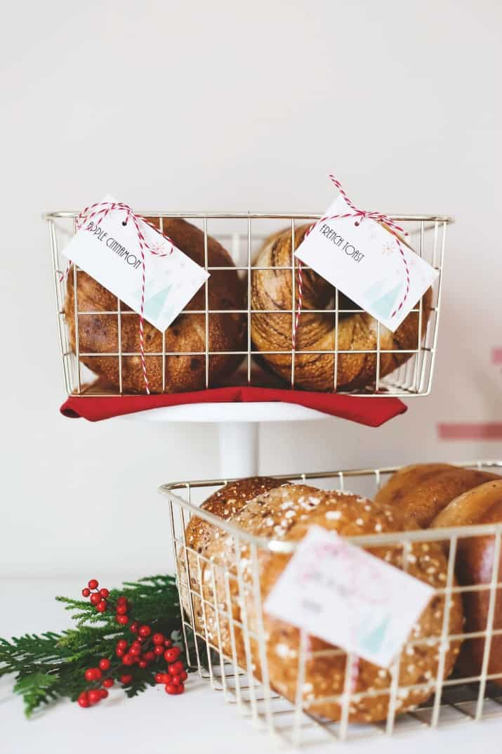 how to serve bagels at a party in gold wire baskets