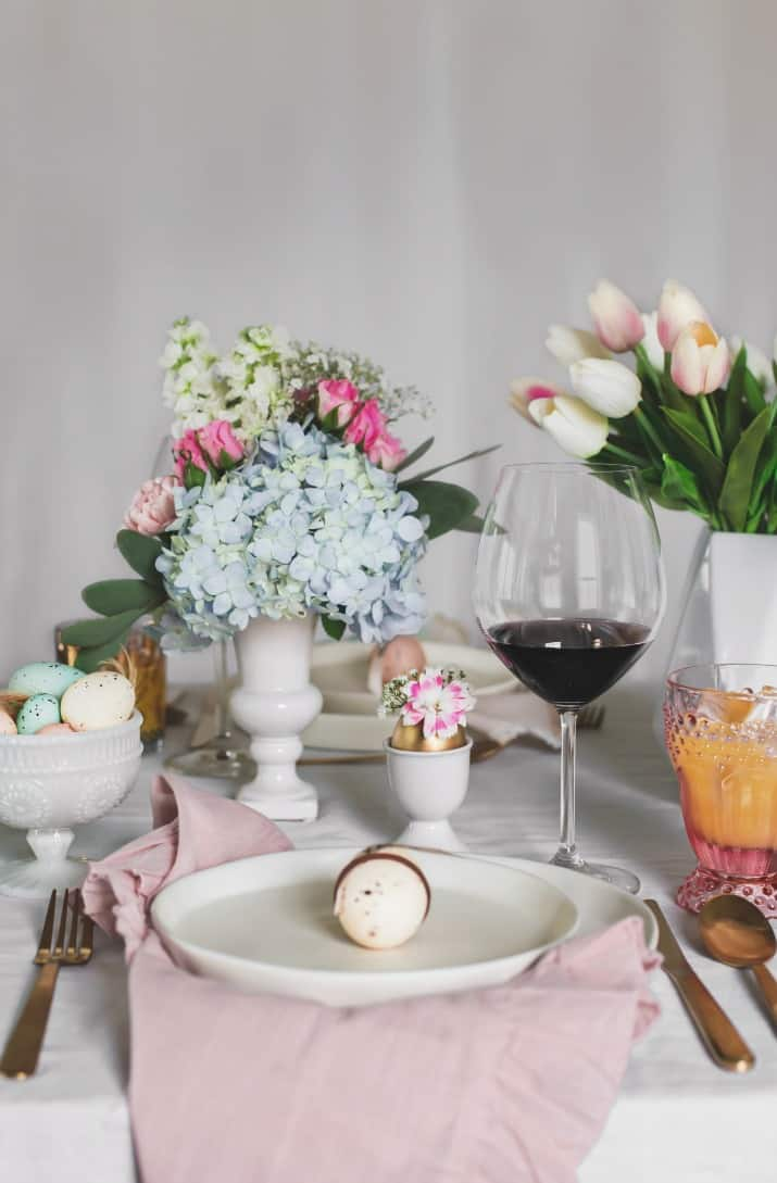 Easter place setting and Easter entertaining ideas