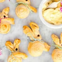How to make Easter Bunny Bread Rolls