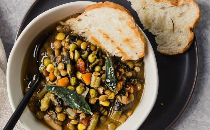 Easy Slow Cooker Lentil Soup Recipe for a Crowd
