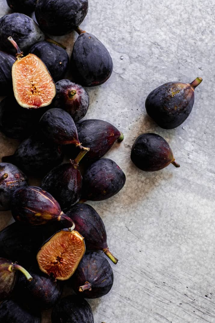 fresh figs on gray background