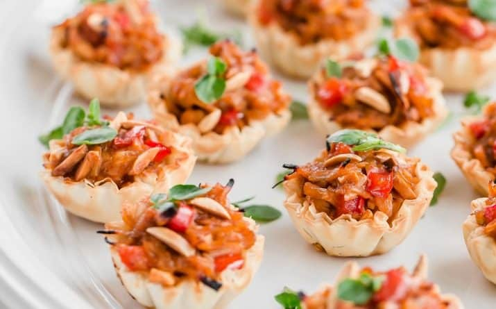 Easy Chicken Appetizers in Phyllo Cups