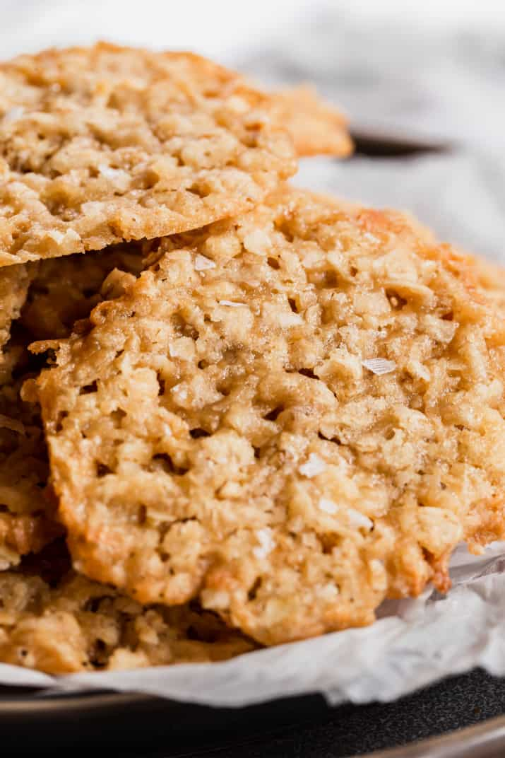 best oatmeal lace cookies close up