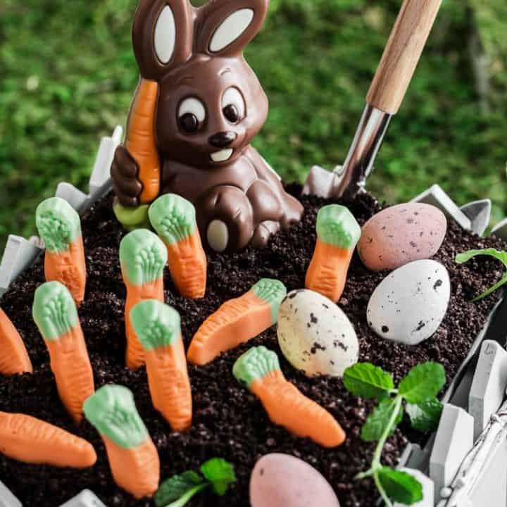 How to Make an Easter Dirt Cake Dessert