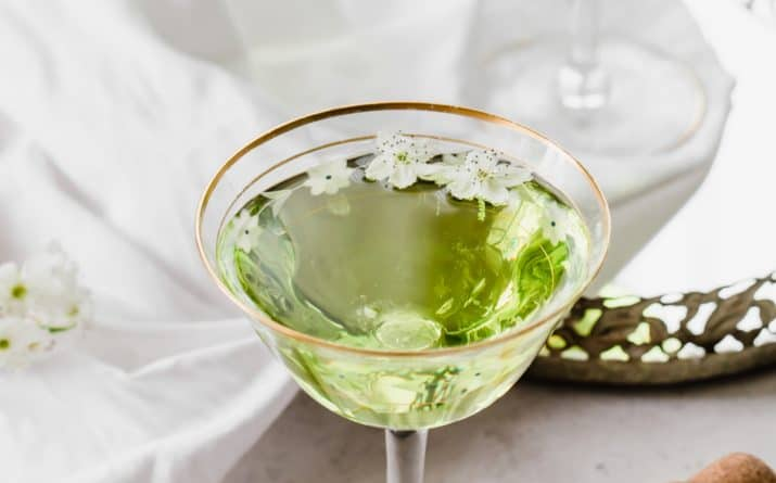 Serve Festive Champagne & Midori Drinks for Your Next Party
