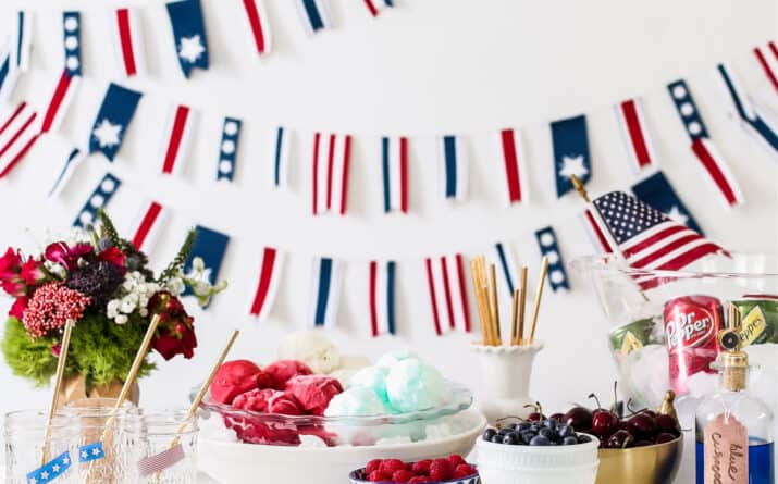 How To Set Up an Ice Cream Float Bar For 4th Of July Parties